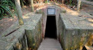 vinh-moc-tunnel2