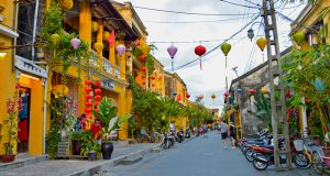 hoi-an-street_treasures-of-indochina